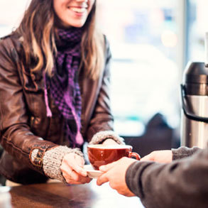 Consigue nuevos clientes para tu bar en horas bajas