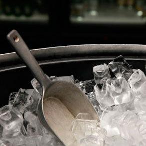 Opciones para conseguir el hielo que necesitas para tu bar