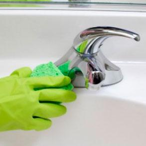 Procedimiento de limpieza en los aseos