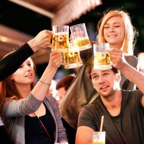 Cómo hacer que tus clientes promuevan tu bar entre sus amigos y conocidos?