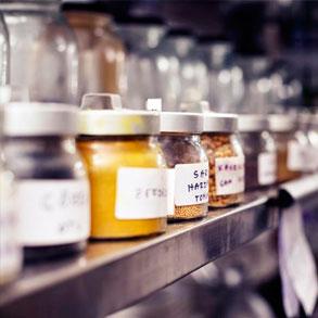 Aprende a gestionar eficientemente el inventario de tu bar