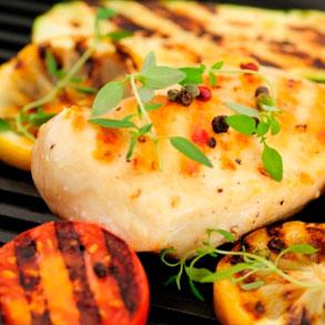 • El pollo debe cocinarse muy bien