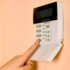 ¿Cómo contratar una alarma para tu negocio?