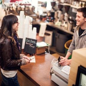 ¡Huele a ganancias! Crea el olor correcto para que tus clientes gasten más