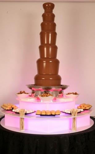 Fuente gigante. Fuente de chocolate extra grande para  todos tus invitados.
