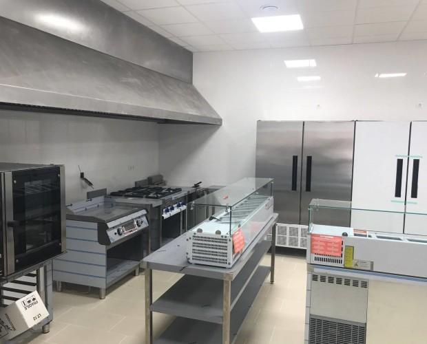 Instalación de cocina. Instalación para Casa Rusia en San Pedro de Alcántara.