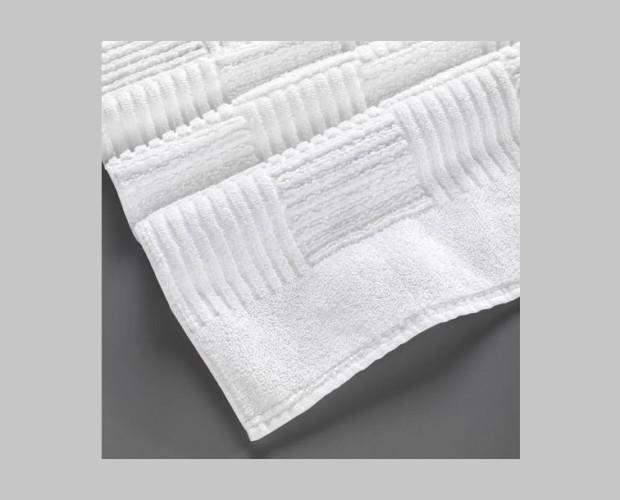 Toallas de rizo convencional. Resistentes a los frecuentes lavados industriales.