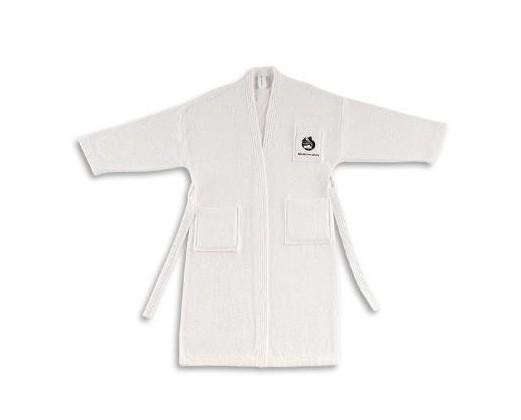 Albornoces kimono. Confección cuatro repuntes en mangas, cuello y bolsillos