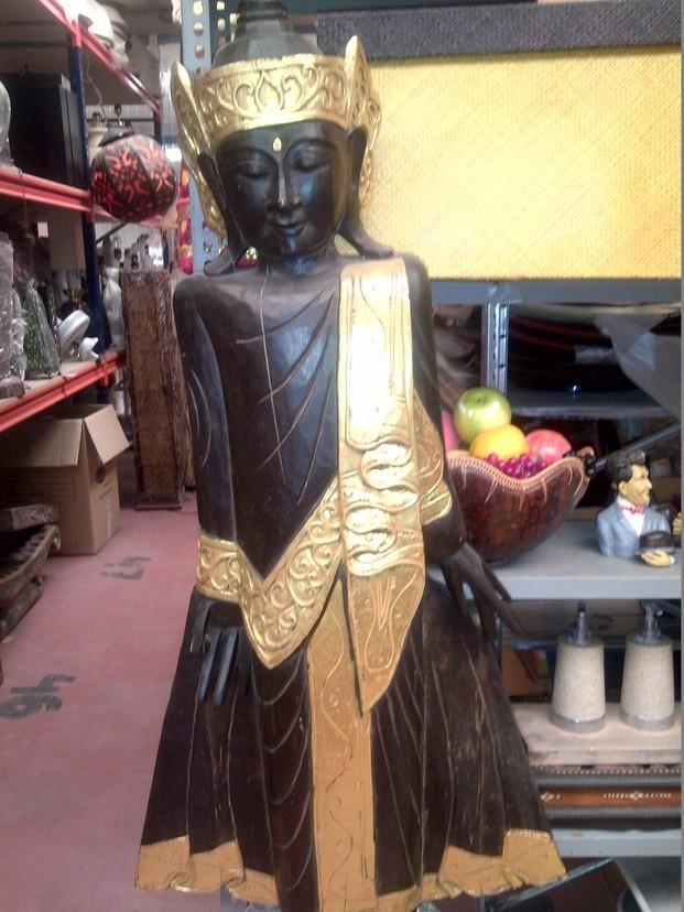 Estatuas. Decoraciones hindúes hermosas y variadas