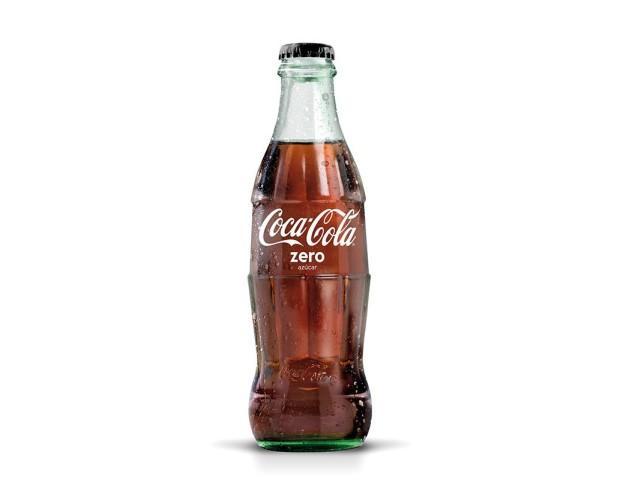 Coca-Cola Zero. Esta bebida es zero azúcar y zero cafeína