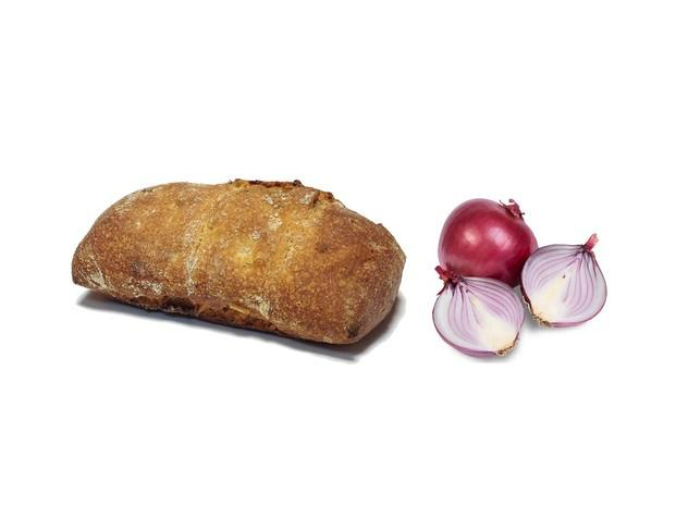 Pan de cebolla. Pan con cebolla