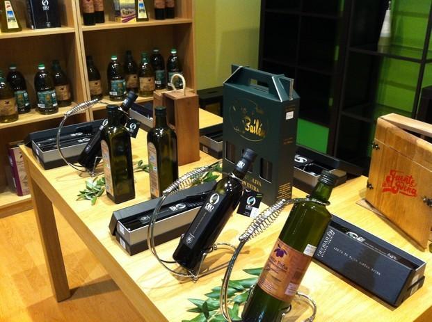Aceite de oliva. Aceite de oliva en nuestra tienda