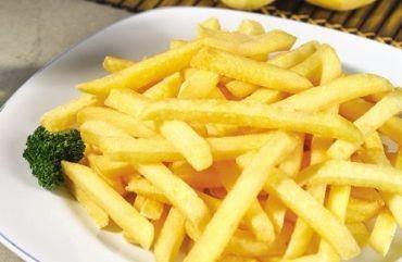 Patatas Fritas Congeladas.Patatas fritas congeladas, también en cubos