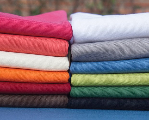 Manteles y servilletas. Mantel y servilletas lisos, muchos colores