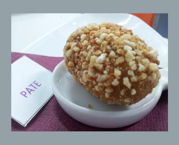 Paté con kikos. Plato gourmet