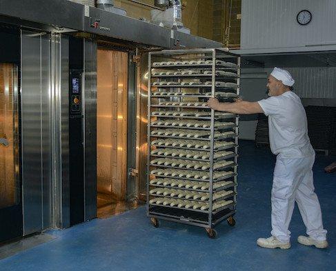Hornos. Nuestras instalaciones están equipadas con hornos de última generación