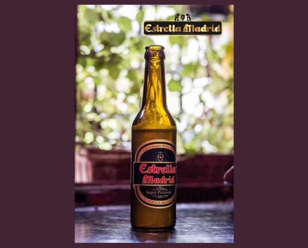 Botellas de Cerveza con Alcohol.Cerveza única e inigualable