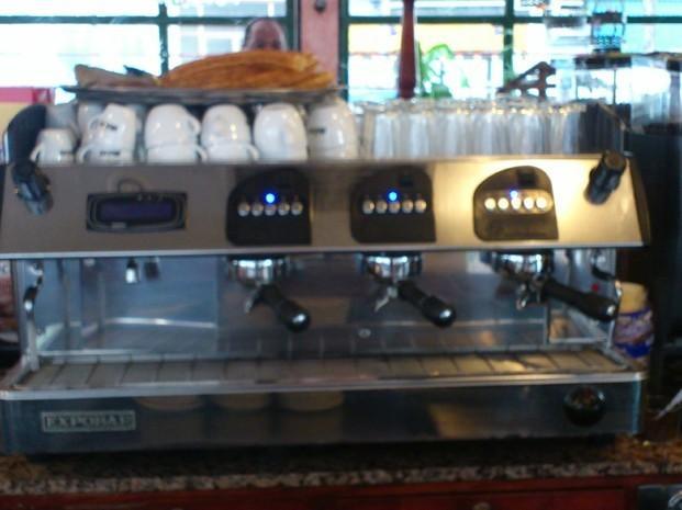Máquina de café. Máquinas de café para bares