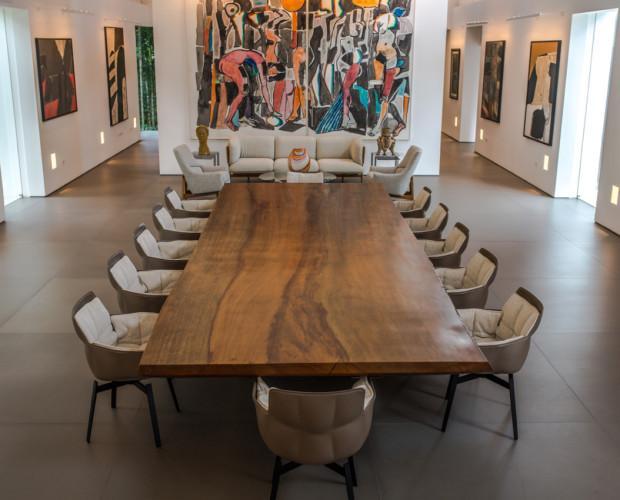 Mesa de reuniones . Mesa de reuniones 12 personas , top de una sola pieza