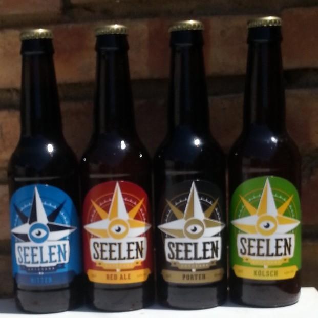 4 botellas . Estas son las 4 variedades de cerveza que producimos