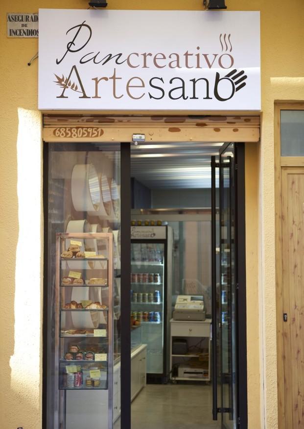 Tienda. Nuestra tienda abierta al público