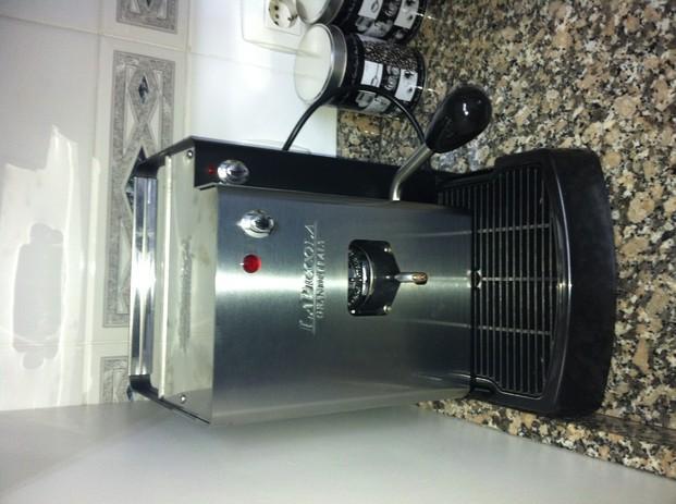 Cafetera Profesional. Máquina de café