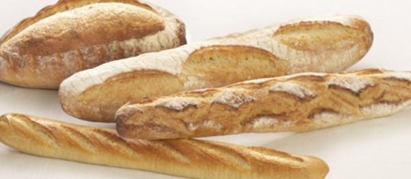 Panadería. Contamos con una amplia gama de pan y bollería