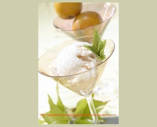 Congelados. Frutas Congeladas. Refrescantes helados de níspero, sabor único