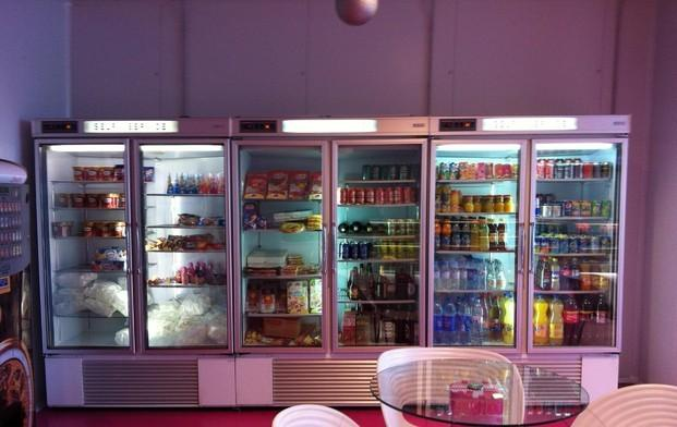 Armarios frigoríficos. Exterior e interior en acero inoxidable