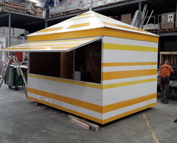 Caseta de feria. Caseta de feria en madera personalizada