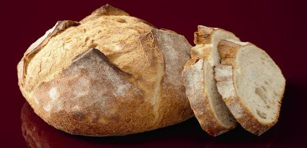 Miche Masa Madre. Con corteza crujiente y gruesa. Notas de frutos secos