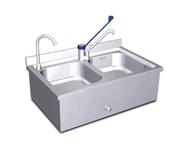 Fregadero y lavamanos. Montaje mural sencillo