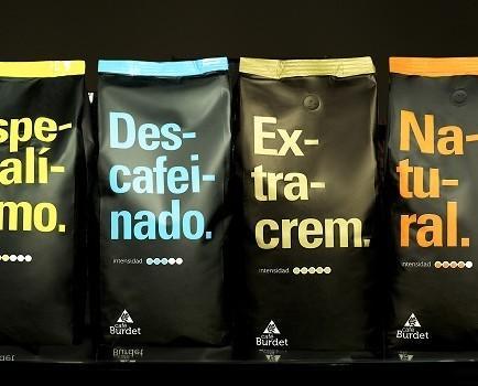 Café clásico. Gama de café en grano o molido