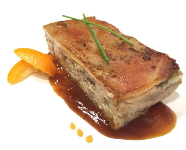 Carne. Cochinillo. Plancha de cochinillo confitado VACinBAG, 1.500gr