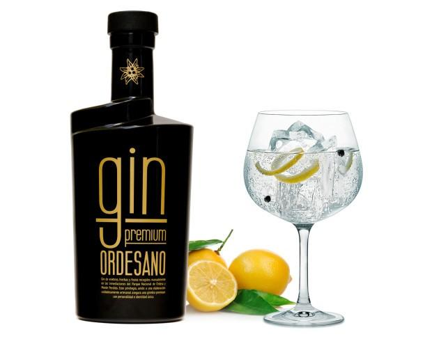 Gin-Premium Ordesano. elaborado con enebros, hierbas y peras recogidas manualmente por las inmediaciones del Parque Nacional de Ordesa y Monte Perdido. Huesca, Aragón