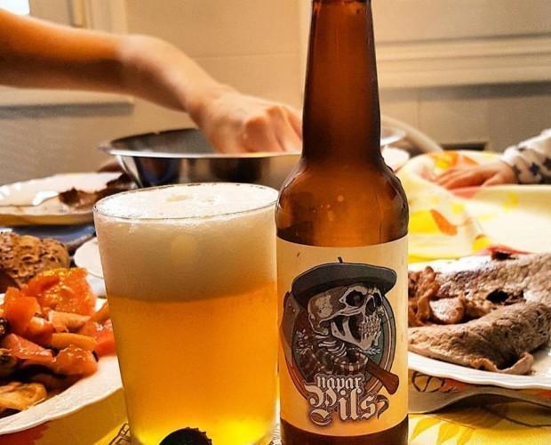 Cerveza Napar Pils. Con un sabor cítrico y afrutado