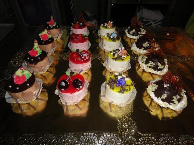 Pastelería. Pasteles Mousses, especialidad de la casa