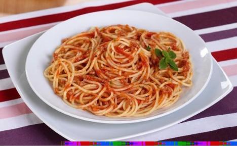 Pastas italianas. Pastas italianas listas para calentar y comer