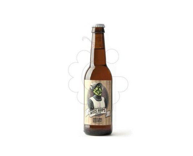 Miss Hops. Es una cerveza elaborada con un montonazo de lúpulos