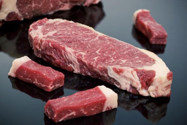 Proveedores de carne. Carne de lomo de primera calidad