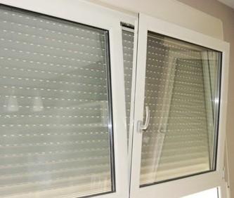 Carpinteros.Mantenimiento de ventanas