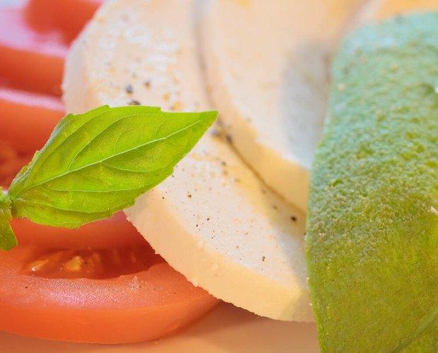 Queso Vegetal Estilo Mozzarella. Es un queso vegano que se funde muy bien