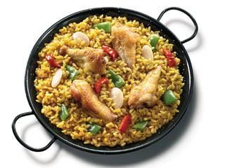 Paella valenciana. Un clásico de la cocina española
