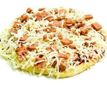 Pizza redonda jamón y queso. Para compartir y disfrutar