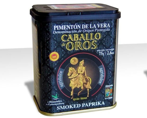 Hierbas y Especias.Pimentón de la Vera D.O.P. Caballo de Oros. Sabores a elegir: Dulce, Agridulce o Picante. Formatos: latas de 75 gr, 160 gr. y 800 gr.