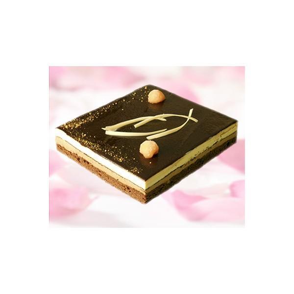 Tayasal. Combinación de tres chocolates y tres texturas.