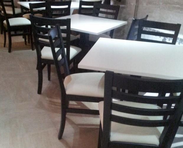 ref 850 y silla 631. mobiliario hosteleria y hogar, moderno y actual