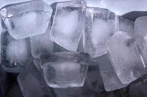 Proveedores de Hielo. Hielo en cubitos y barras de hielo