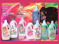 Detergente líquido surtido