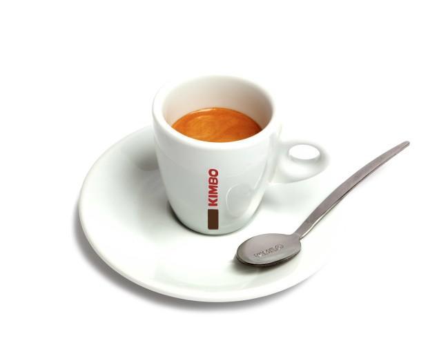 Kimbo espresso. Elaborado con la mejor materia prima del mercado